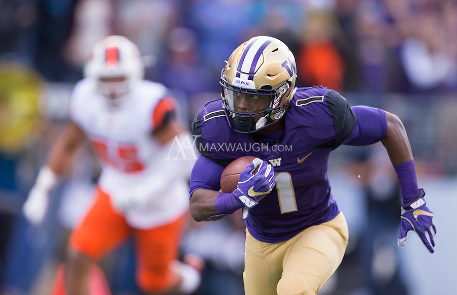 John Ross breaks free.  Ross did a lot of damage early in the game.