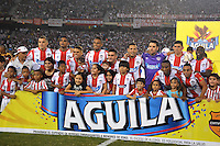 BARRANQUIILLA -COLOMBIA-13-12-2015: Jugadores de Atlético Junior posan para una foto previo al partido de vuelta entre Atletico Junior e Deportes Tolima por las semifinales de la Liga Aguila II 2015, jugado en el estadio Metropolitano Roberto Melendez de la ciudad de Barranquilla. / Players of Atletico Junior pose to a photo prior a match for the second leg between Atletico Junior and Deportes Tolima for the semifinals of the Liga Aguila II 2015 played at the Metroplitano Roberto Melendez stadium in Barranquilla city.  Photo: VizzorImage/Alfonso Cervantes/