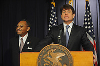 Rod Blagojevich Announces Roland Burris Senate Appointment (USA)