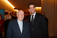 """Father John """"pops"""" Emmett (L) and<br /> Andre Boisclair, PQ Leader at 2007 Jutras Award Gala <br /> photo : Pierre Roussel (c)  Images Distribution"""