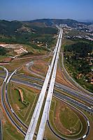 Vista aérea da Rodovia dos Bandeirantes e Rodoanel. São Paulo. 2007. foto de Flávio Bacellar.