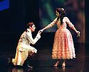 2002 - DON GIOVANNI - Don Giovanni (William Shimell) woos Zerlina (Sari Gruber) in Opera Pacific's production of Don Giovanni.