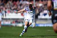 Rhys Priestland of Bath Rugby kicks for the posts. Gallagher Premiership match, between Exeter Chiefs and Bath Rugby on March 24, 2019 at Sandy Park in Exeter, England. Photo by: Patrick Khachfe / Onside Images