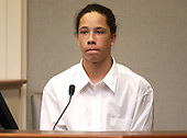 Sniper victim Iran Brown testifies during the trial of sniper suspect John Allen Muhammad in courtroom 10 at the Virginia Beach Circuit Court in Virginia Beach, Virginia on October 29, 2003.  Brown was shot on October 7, 2002 at the entrance of the Benjamin Trasker Middle School in Bowie, Maryland.<br /> Credit: Dave Ellis - Pool via CNP