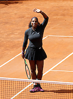 La statunitense Serena Williams agli Internazionali d'Italia di tennis a Roma, 12 maggio 2016.<br /> United States' Serena Williams celebrates after defeating her compatriot Christina McHale at the Italian Open tennis tournament in Rome, 12 May 2016.<br /> UPDATE IMAGES PRESS/Isabella Bonotto