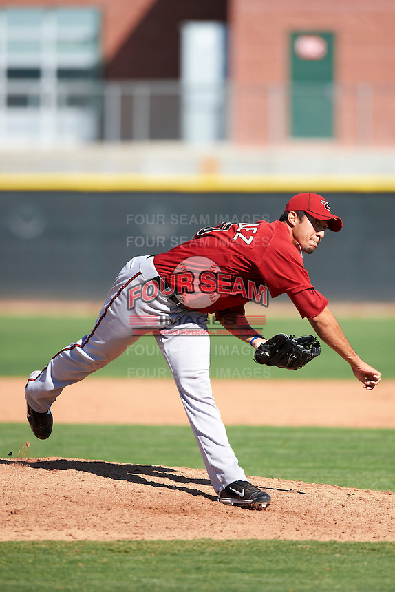 Arizona Diamondbacks minor league pitcher Luis Hernandez #20 during an instructional league game against the Los Angeles Angels at the Tempe Diablo Minor League Complex on October 1, 2012 in Tempe, Arizona.  (Mike Janes/Four Seam Images)