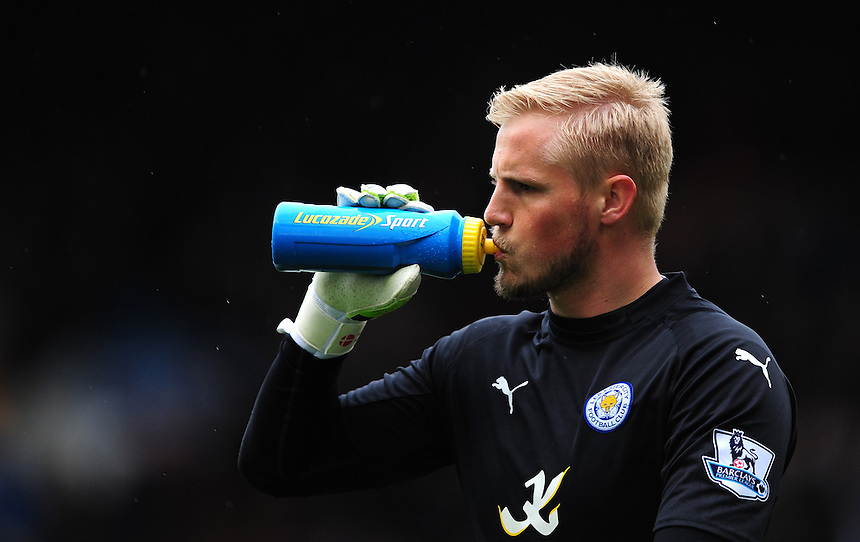 Leicester City's Kasper Schmeichel takes a drink from a Lucozade Sport bottle<br /> <br /> Photographer Chris Vaughan/CameraSport<br /> <br /> Football - Barclays Premiership - Burnley v Leicester City - Saturday 25th April 2015 - Turf Moor - Burnley<br /> <br /> &copy; CameraSport - 43 Linden Ave. Countesthorpe. Leicester. England. LE8 5PG - Tel: +44 (0) 116 277 4147 - admin@camerasport.com - www.camerasport.com