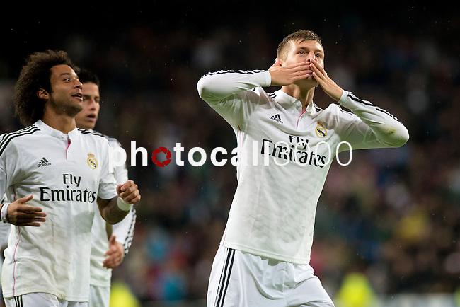 Football match between Real Madrid and Rayo Vallecano at 8th Novembre, 2014 in Stadium Santiago Bernabéu.