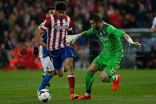 15.03.2014. Madrid, Spain. La Liga football. Atletico Madrid versus Espanyol at Vicente Calderon stadium.  Diego da Silva Costa (Brazilian midfielder of At. Madrid) rounds the goalkeeper