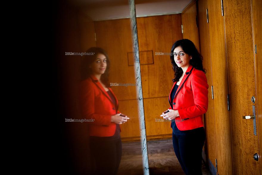 Oslo, Norge, 19.09.2012. Hadia Tajik (født 18. juli 1983) er en norsk journalist og politiker (Ap). Hun ble i 2009 valgt inn på Stortinget fra Oslo. Foto: Christopher Olssøn.