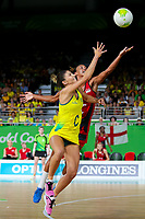 Picture by Alex Whitehead/SWpix.com - 15/04/2018 - Commonwealth Games - Netball - Coomera Indoor Sports Centre, Gold Coast, Australia - Australia's Kim Ravaillion and England's Helen Housby in action during the Gold medal final.