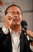 SAO PAULO, SP, 15/07/2014  -  O candidato a presidencia pelo  PSB Eduardo Campos participa de entrevista coletiva no Teatro Folha na manhã desta terça-feira (15), no Shopping Patio Higienopolis em São Paulo. Marina Silva também esteve presente ao local. Foto: Amauri Nehn/Brazil Photo Press).