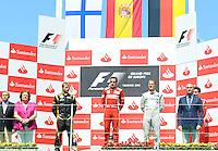 VALENCIA, ESPANHA, 24 JUNHO 2012 - F1 - GP DA EUROPA - Fernando Alonso (2D) da Ferrari comemora vitoria do GP da Europa dispudado em Valencia na Espanha, neste domingo, 24. (FOTO: PIXATHLON / BRAZIL PHOTO PRESS).