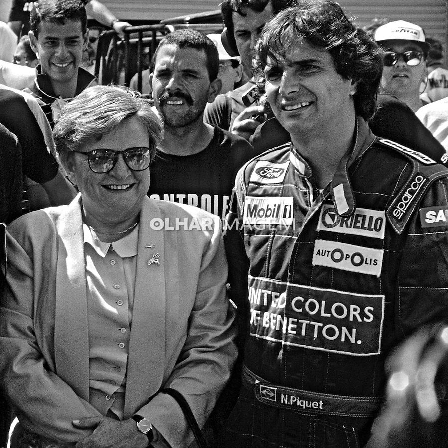Politico Luiza Erundina e piloto Nelson Piquet. SP. 1990. Foto de Juca Martins.