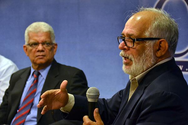"""Simposio del libro """"La Herencia Trágica del Populismo"""" del Miguel Guerrero..Foto: Ariel Díaz-Alejo/acento.com.do.Fecha: 05/01/2012."""