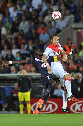 17.08.2014. Bordeaux, France. French League 1 football. Bordeaux versus Monaco.  DIMITAR BERBATOV wins the header over LAMINE SANE