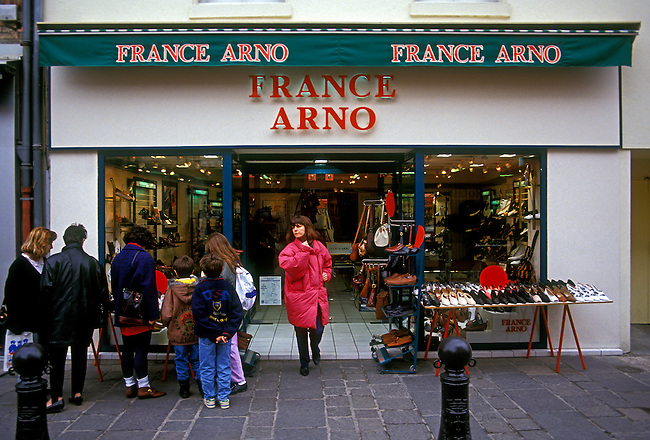 France Arno shoe store, town of Poissy, Ile de France region, France, Europe