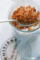 Europe/France/73/Savoie/Val d Isere: crozettos au beaufort - Fooding 2004 - recette du chalet d altitude la Folie Douce self et La Fruitiere restaurant -établissement de Luc Reversade