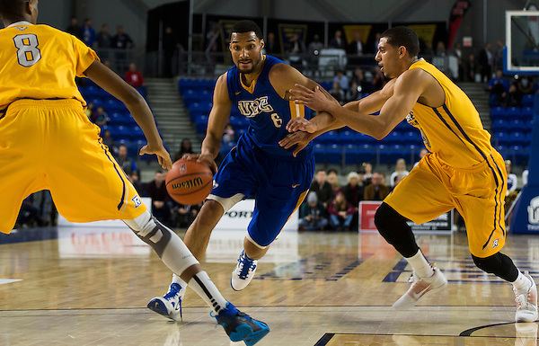 VANCOUVER,BC:MARCH 17, 2016 -- UBC Thunderbirds vs Ryerson Rams during the Quarter-Finals of the CIS Men's Basketball Final 8 Championship at the Doug Mitchell Thunderbird Sports Centre at UBC in Vancouver, BC, March 17, 2016. (Rich Lam/UBC Athletics Photo) <br /> <br /> ***MANDATORY CREDIT***