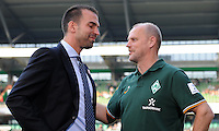 FUSSBALL   1. BUNDESLIGA   SAISON 2011/2012    7. SPIELTAG SV Werder Bremen - Hertha BSC Berlin                   25.09.2011 Trainer Markus BABBEL (li, Berlin) und Thomas SCHAAF (re, Bremen)