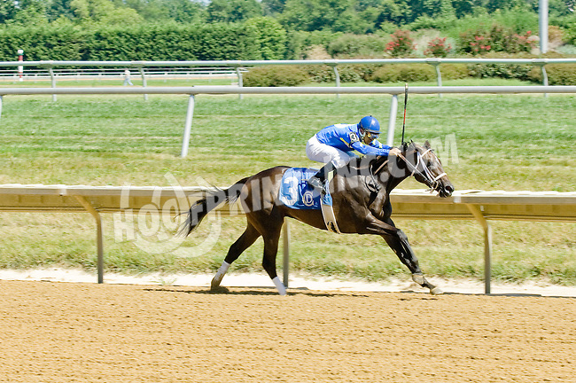 She's all Scat winning at Delaware Park on 7/25/12