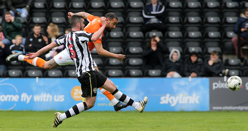 Blackpool's Kyle Vassell battles past Notts County's Richard Duffy to get a shot on goal<br /> <br /> Photographer David Shipman/CameraSport<br /> <br /> The EFL Sky Bet League Two - Notts County v Blackpool - Saturday 29th April 2017 - Meadow Lane - Nottingham<br /> <br /> World Copyright &copy; 2017 CameraSport. All rights reserved. 43 Linden Ave. Countesthorpe. Leicester. England. LE8 5PG - Tel: +44 (0) 116 277 4147 - admin@camerasport.com - www.camerasport.com