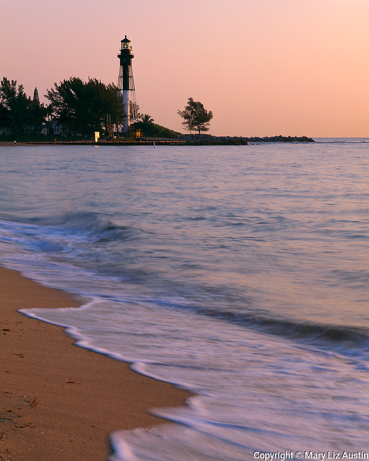 Broward County, FL<br /> Hillsboro Inlet Lighthouse (1906) stands across the Intercoastal Waterway at Pompano Beach