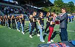 AMSTELVEEN - Victor Brouwer (Bestuurslid KNHB) en Leon Rutten  reiken de medailles uit.  finale Den Bosch MA1-SCHC MA1 4-1. Den Bosch wint de titel Meisjes A . finales A en B jeugd  Nederlands Kampioenschap.  COPYRIGHT KOEN SUYK