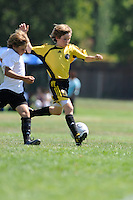The BUSC U-12 Premier battle SCC 98 during the BUSC SUmmer Classic in Pleasanton, California August 15, 2009. BUSC won the game 2-1. (Photo by Alan Greth)