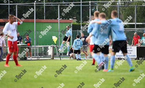 2017-08-06 / Voetbal / Seizoen 2017-2018 / Beker van Belgi&euml; /  Sint Job FC - KMR Biesen / De bezoekers vieren de 2-3<br /> <br /> ,Foto: Mpics.be