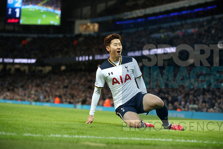 Son Heung-Min of Tottenham Hotspur celebrates scoring during the Premier League match at Etihad Stadium, Manchester. Picture date: January 21st, 2017.Photo credit should read: Lynne Cameron/Sportimage