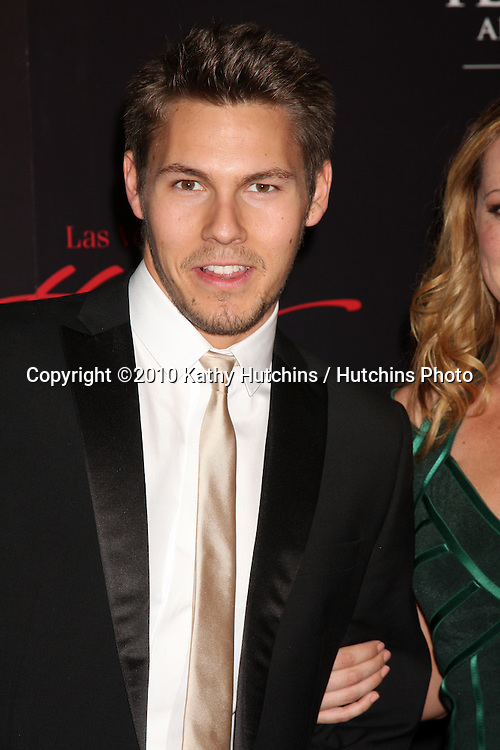 Scott Clifton.arrives at the 2010 Daytime Emmy Awards .Las Vegas Hilton Hotel & Casino.Las Vegas, NV.June 27, 2010.©2010 Kathy Hutchins / Hutchins Photo....