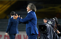 BOGOTÁ-COLOMBIA, 09-02-2019: Alberto Gamero, técnico de Deportes Tolima, durante partido de la fecha 4 entre Independiente Santa Fe y Deportes Tolima, por la Liga Aguila I 2019, en el estadio Nemesio Camacho El Campin de la ciudad de Bogotá. / Alberto Gamero, coach of Deportes Tolima, during a match of the 4th date between Independiente Santa Fe and Deportes Tolima, for the Liga Aguila I 2019 at the Nemesio Camacho El Campin Stadium in Bogota city, Photo: VizzorImage / Luis Ramírez / Staff.