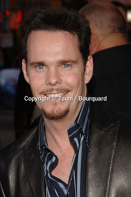 Kevin Dillon arriving at the POSEIDON Premiere at the Chinese Theatre in Los Angeles. May 10, 2006.