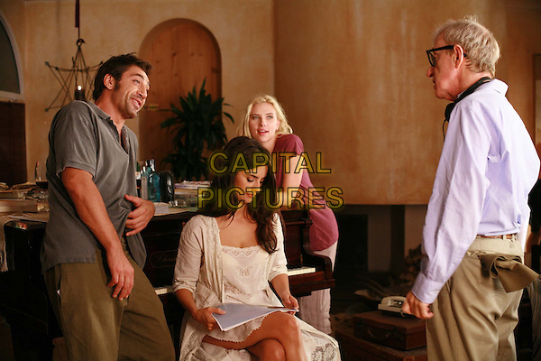 Vicky Cristina Barcelona (2008) <br /> Javier Bardem, Penelope Cruz, Scarlett Johansson and Woody Allen (Director)<br /> *Filmstill - Editorial Use Only*<br /> CAP/KFS<br /> Image supplied by Capital Pictures