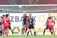 Kopfball Sarah Hagen und Nicole Cross (Bayern) zum 2:1 - 1. FFC Frankfurt vs. FC Bayern München