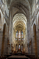 Tschechien, Boehmen, Prag: Veitsdom, Amtssitz des Prager Erzbischofs, auf der Prager Burg, das gotische Hauptschiff   Czech Republic, Bohemia, Prague: Prague Castle. Saint Vitus`s Cathedral, The Gothic Nave