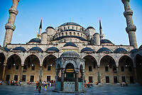 View of the Blue Mosque (Sultan Ahmet) mosque in Istanbul (Turkey).