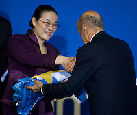 Roma 2nd AUGUST 2009 - 13th Fina World Championships ..From 17th to 2nd August 2009..Closing Ceremony..The Major of Shanghai hands over the champioships flag to Julio Maglione president of FINA...Roma2009.com/InsideFoto/SeaSee.com