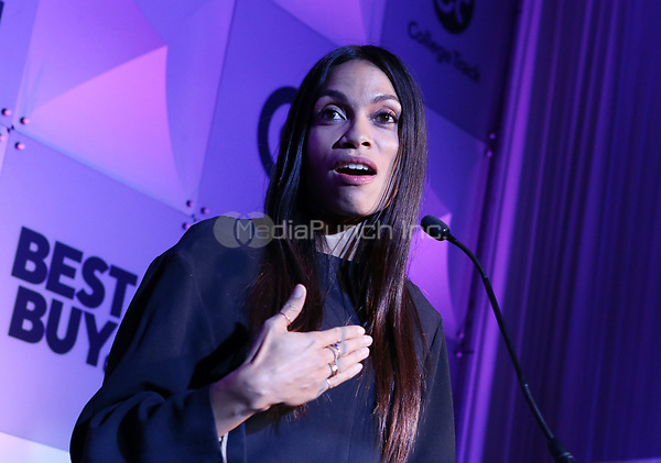 LOS ANGELES, CA - NOVEMBER 8: Rosario Dawson, at the Eva Longoria Foundation Dinner Gala honoring Zoe Saldana and Gina Rodriguez at The Four Seasons Beverly Hills in Los Angeles, California on November 8, 2018. Credit: Faye Sadou/MediaPunch