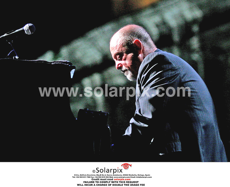 ALL ROUND PICTURES BY SOLARPIX.COM.**MUST CREDIT SOLARPIX.COM OR DOUBLE FEE WILL BE CHARGED**.Billy Joel and Bryan Adams Perform at the Coliseum Live  in Rome in Italy on the 31_07_06..THIS PIC:BILLY JOEL.DATE:26_09_06-JOB REF:2839-PHZ.