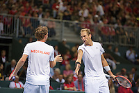 Switserland, Genève, September 19, 2015, Tennis,   Davis Cup, Switserland-Netherlands, Doubles: Dutch team Matwe Middelkoop/Thiemo de Bakker (R)  photo 7<br /> Photo: Tennisimages/Henk Koster