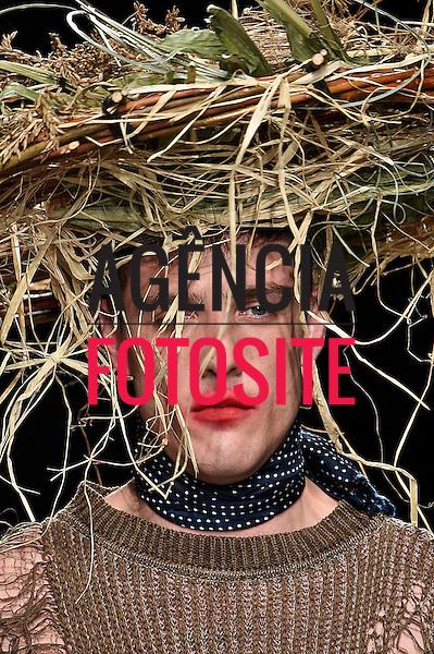 Vivienne Westwood<br /> <br /> PARIS - Verao 2017<br /> <br /> Outubro 2016<br /> <br /> foto: FOTOSITE