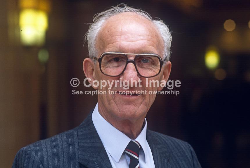 Frank Haynes, MP, Labour Party, Ashfield, UK, 19901007004..© Victor Patterson, 54 Dorchester Park, Belfast, N Ireland. Tel: +44 2890661296; Mobile: +44 7802 353836; Emails: victorpatterson@me.com & victorpatterson@gmail.com; www.victorpatterson.com