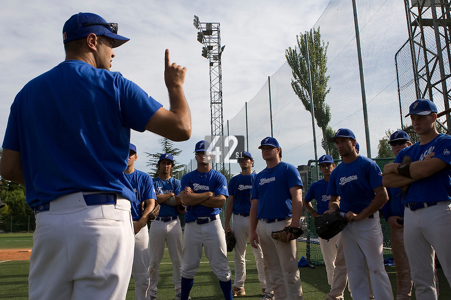 BASEBALL - EUROPEAN UNDER -21 CHAMPIONSHIP - PAMPELUNE (ESP) - 03 TO 07/09/2008 - PHOTO : CHRISTOPHE ELISE .TEAM MANAGER SYLVAIN VIREY (FRANCE)