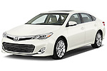 Front three quarter view of a 2013 Toyota Avalon XLE