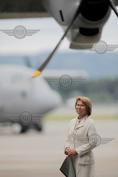 Brand new Hercules C-130J transport aircraft were officially named during a ceremony at Gardermoen Air base. Defence Minister Grete Faremo along with military leaders and representatives from the US Embassy in Oslo. Lockheed C-130 Hercules is a four-engine turboprop military transport aircraft designed and built originally by Lockheed, now Lockheed Martin, and representatives from the manufacturer were also present. Following the ceremony all the guest were taken on a flight over Oslo.