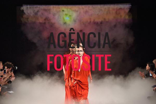 Paris, Fran&ccedil;a &sbquo;09/2014 - Desfile de AF Vandervorst durante a Semana de moda de Paris  -  Verao 2015. <br /> <br /> Foto: FOTOSITE