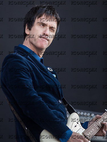 JOHNNY MARR- performing live at Finsbury Park in London UK - 08 June 2013.  Photo credit: Iain Reid/IconicPix