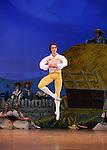 LA FILLE MAL GARDEE....Choregraphie : ASHTON Frederick..Compositeur : HEROLD Louis joseph Ferdinand..Compagnie : Ballet de l Opera National de Paris..Orchestre : Orchestre de l Opera National de Paris..Decor : LANCASTER Osbert..Lumiere : THOMSON George..Costumes : LANCASTER Osbert..Avec :..HEYMANN Mathias..Lieu : Opera Garnier..Ville : Paris..Le : 26 06 2009..© Laurent PAILLIER / www.photosdedanse.com..All rights reserved